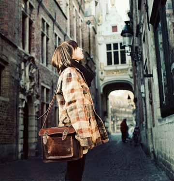 [每个人的青春只有一次]每个人的青春都有一条弯路,你要自己走