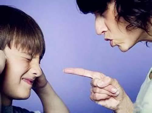 母亲越强势  对家庭毁灭性越大