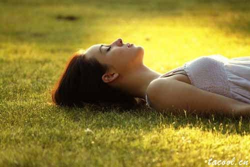 安之若素,冷暖自知,阳光很好,我亦很好
