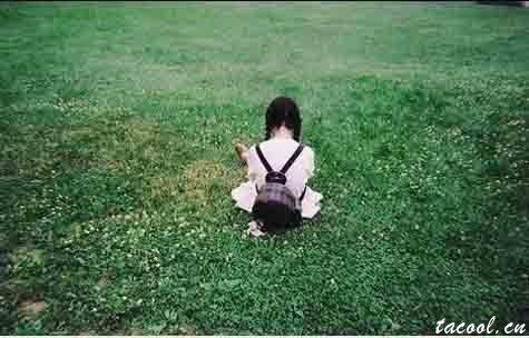 无奈的句子,回忆把生活划成一个圈