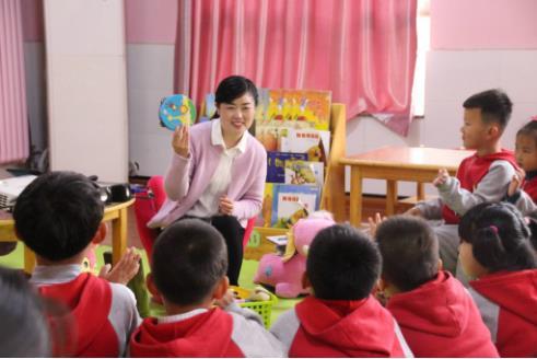 精选 英文|精选幼儿园小班教育随笔【八篇】