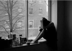 很累很累的经典说说 生活好累好压抑的句子